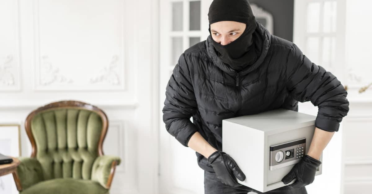 Ein Haustresor bietet nur eingeschränkt Schutz bei einem Einbruch